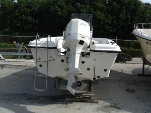 Used Hydra Sport 22 Bay Boat For Sale
