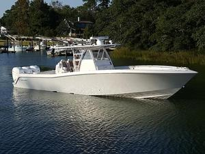 Used Invincible 39 Open Fisherman Center Console Fishing Boat For Sale