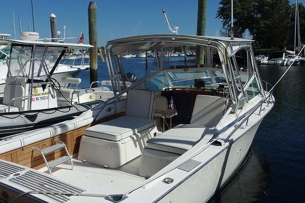 Used Bertram 26' Bertram Sport Convertible II Cuddy Cabin Boat For Sale