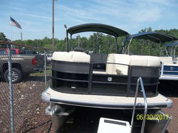 New Sweetwater SWPE 235 C4 Pontoon Boat For Sale