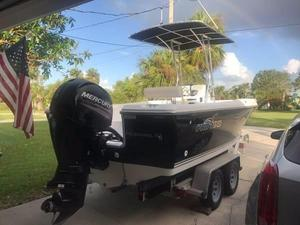 Used Pro-Line 21 Classic Center Console Fishing Boat For Sale