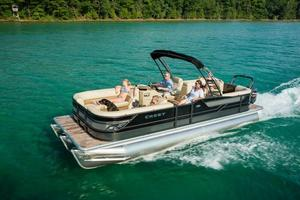 New Crest Classic 230SLR Pontoon Boat For Sale