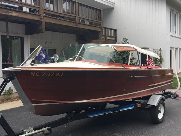 Used Century Resorter Antique and Classic Boat For Sale