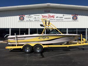 Used Nautique 21 Pro Air Ski and Wakeboard Boat For Sale