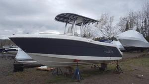 New Robalo R 222 CC Center Console Fishing Boat For Sale