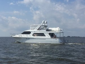 Used Ocean Alexander Motor Yacht Completely Painted Motor Yacht For Sale