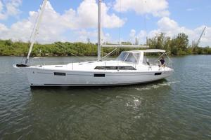 New Beneteau Oceanis 41.1 Cruiser Sailboat For Sale