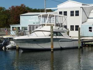 Used Wellcraft 3300 Sport Bridge Coastal Saltwater Fishing Boat For Sale