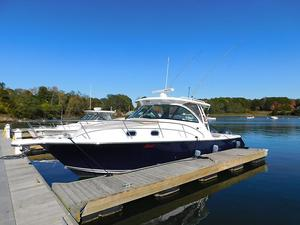Used Pursuit OS 345 Express Cruiser Boat For Sale