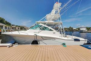 Used Cabo Yachts 40 Express Cruiser Boat For Sale