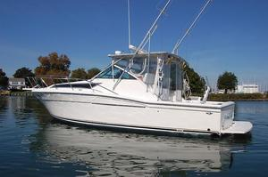 Used Wellcraft 33 Coastal Express Cruiser Boat For Sale