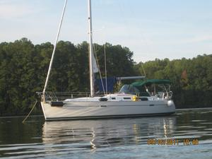 Used Beneteau 343 Sloop Sailboat For Sale