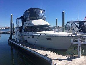 Used Carver Flybridge Boat For Sale