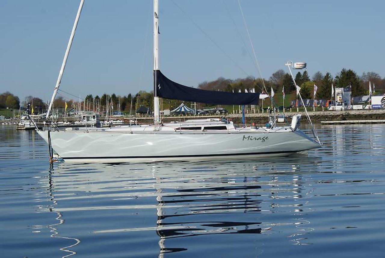 1985 Used C&c 39 NE Sloop Sailboat For Sale - $59,900