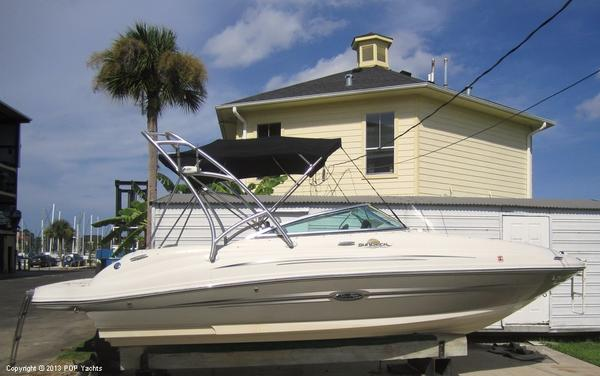 Used Sea Ray 220 SD Bowrider Boat For Sale