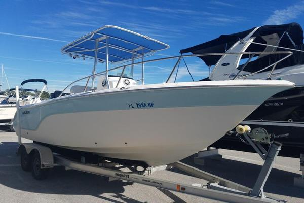Used Sea Fox 216 CC Sports Fishing Boat For Sale