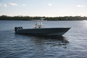 Used Contender St Center Console Boat For Sale