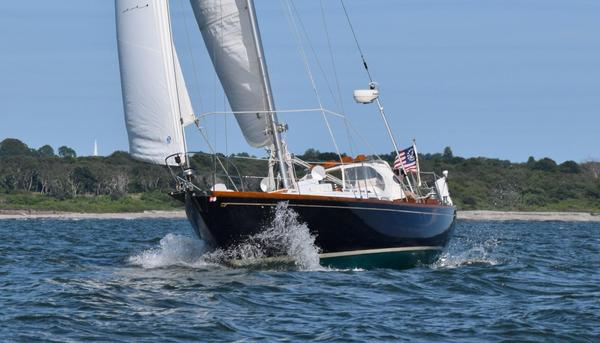 Used Hinckley 41 Sloop Sailboat For Sale