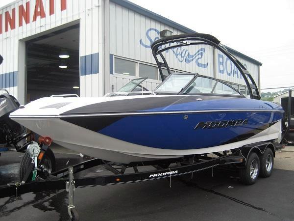 New Moomba Mojo 2.5 Bowrider Boat For Sale
