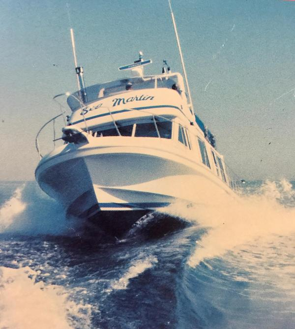 Used Cruise-A-Home Corsair Flybridge Boat For Sale