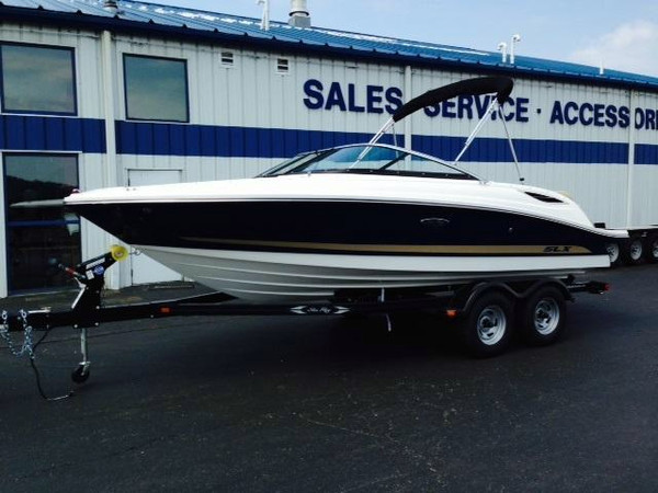 New Sea Ray 210SLX Bowrider Boat For Sale