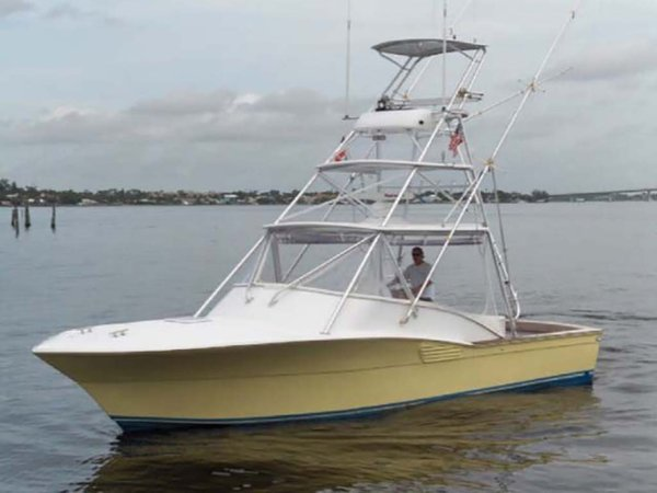 Used Scopinich 35 Express Cruiser Boat For Sale