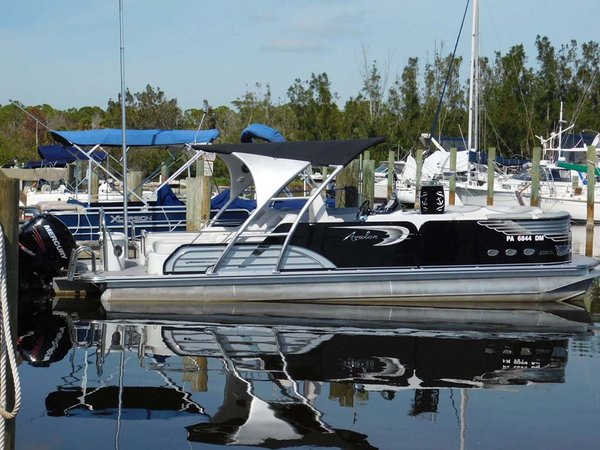 Used Avalon Ambassador Cruiser Boat For Sale