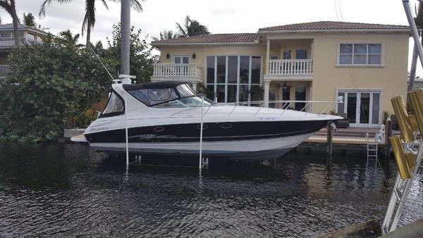 Used Larson Cabrio Express Cruiser Boat For Sale