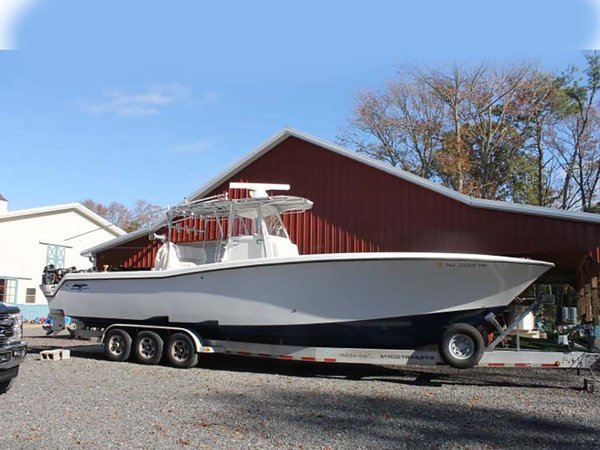Used Invincible Open Center Console Fishing Boat For Sale