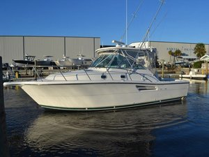 Used Pursuit 3400 Cruiser Boat For Sale