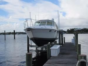 Used Tiara 3100 Cruiser Boat For Sale