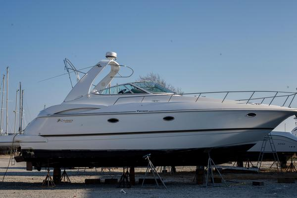 Used Cruisers Yachts 3672 Express Cruiser Boat For Sale
