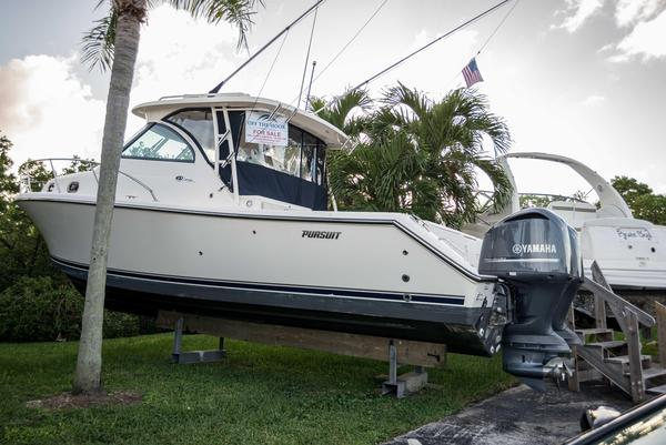 Used Pursuit OS 345 Offshore Saltwater Fishing Boat For Sale