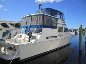 Used Chris-Craft Corinthian Aft Cabin Boat For Sale