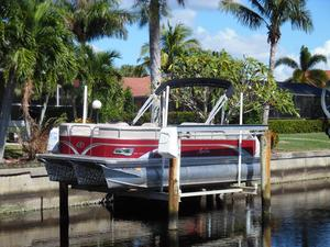 Used Avalon DRL - 22' Pontoon Boat For Sale