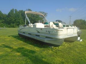Used Bennington 20752075 Pontoon Boat For Sale