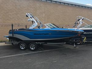 Used Mastercraft XT21 Bowrider Boat For Sale