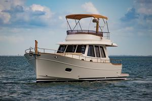 New Minorca Islander 42 Flybridge Boat For Sale