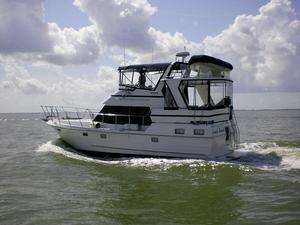 Used Heritage East Sundeck Motoryacht Aft Cabin Boat For Sale
