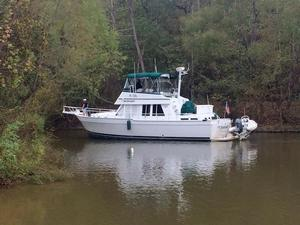 Used Mainship 3 Stateroom 430 Trawler Motor Yacht For Sale