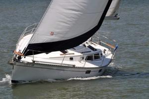 Used Hunter 37.5 Sloop Sailboat For Sale