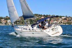 Used Beneteau 423 Cruiser Sailboat For Sale