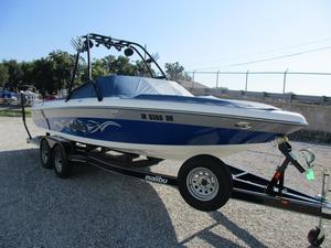 Used Malibu Boats Llc Wakesetter XTI Ski and Wakeboard Boat For Sale