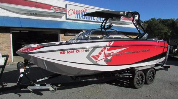 Used Nautique Super Air G23 Team Edition Ski and Wakeboard Boat For Sale