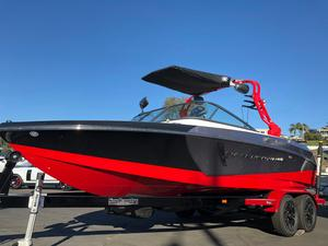 New Nautique Super Air Nautique 210 Ski and Wakeboard Boat For Sale