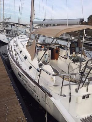 Used Beneteau Oceanis 411 Cruiser Sailboat For Sale