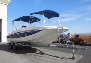 Used Bayliner 237 SD Deck Boat For Sale