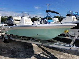 New Nauticstar 215 XTS SB Bay Boat For Sale