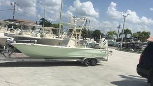 Used Avenger AV26 Bay Boat For Sale