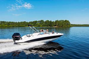 New Stingray 191DC Deck Boat For Sale